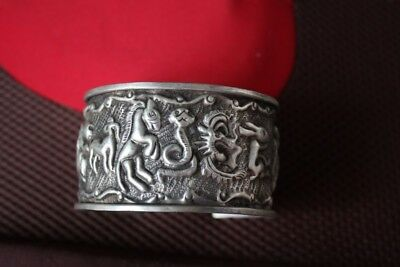 Tribal exotic chinese handmade Carving miao silver 12 Animals bracelet SZ022