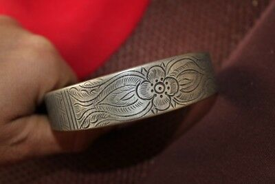Tribal exotic chinese handmade miao silver Carved flower bracelet EH172