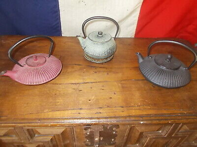 Small Japanese Tea Pot Cast Iron Ref T21/36,37,38