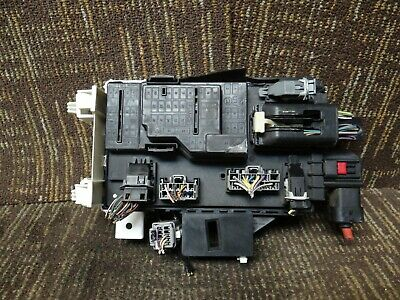 Ford Mustang Engine Fuse Box Relay Junction 10 11 12 13 14 2010-2014 BR3T15604DA