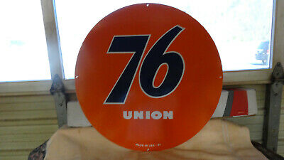 """""""Union 76"""" Large, Heavy Double Sided Porcelain Dealer Sign, 30"""" (Dated 1961)"""