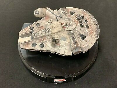 Titanium Series ULTRA - Star Wars - MILLENNIUM FALCON  Die Cast