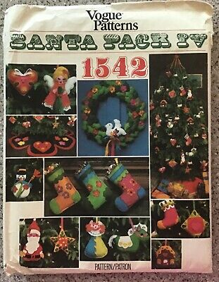 1970's Vtg Vogue SANTA PACK IV Pattern 1542 CHRISTMAS Stockings & Ornaments NOS