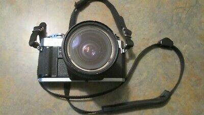 Minolta X-370 35mm SLR Film Camera  with  28-70 mm Macro Lens
