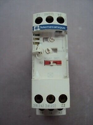 Telemecanique Re7Tp13Bu Time Delay Motor Starter Relay Schneider Electric