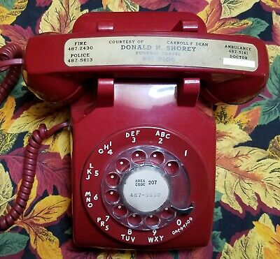 Vintage Western Electric Telephone 500 Rotary Dial Red Desk Top Phone. Nice!
