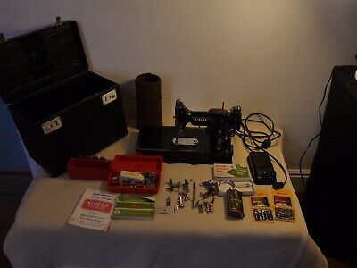 Vintage Singer Featherweight 222K Sewing Machine  With Accessories