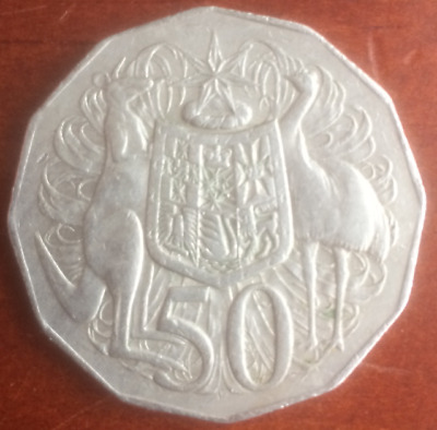 1973 AUSTRALIAN 50 FIFTY CENT COIN - Low Mintage