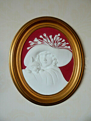 Art Deco Style Wall Plaque Lady's Head Feathered Hat Dog 3D Hobson Pottery 1997