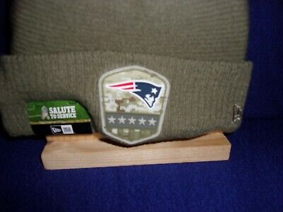 2019 New Era New England Patriots Salute To Service Sideline Knit Beanie Hat.