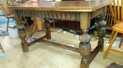Victorian dining table,extendable,solid oak,carved leg,stable,125-185cm