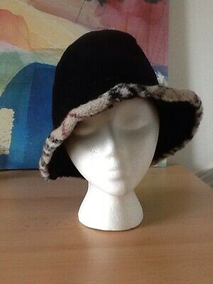 Ladies Real Sheepskin Bucket Hat By Burberrys Of London  Vintage StSize small
