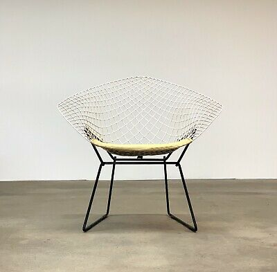 Vintage Mid Century Modern Diamond Wire  Lounge Chair For Harry Bertoia By Knoll