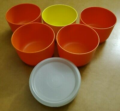 Lot of 5 Vintage Tupperware Small Snack Cups with Lids