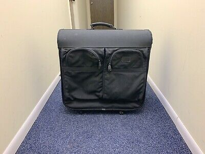 TUMI XL Jumbo Folding Garment Bag Suitcase Luggage 4 Wheel Rolling-Black READ