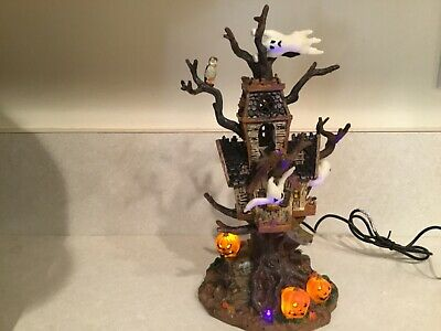 Lemax Spooky Town 2006 Trick or Tree House Halloween Table Accent Lighted