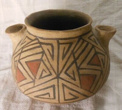 Good Antique Native American Jar With 2 Spouts