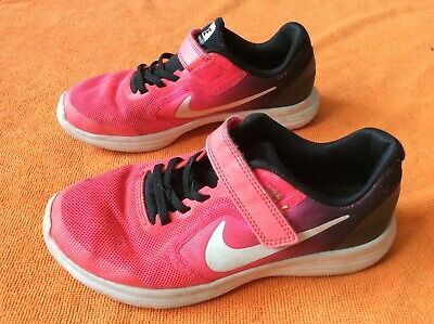 Kids girls Nike trainers shoes size 1