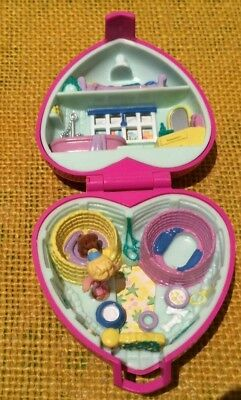 Polly Pocket Heart Shaped Play Set with Two Figures (Dog and Girl)