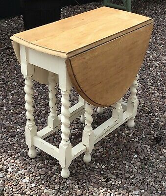 Oak drop leaf table  barley Twist with lovely finish to top stunning
