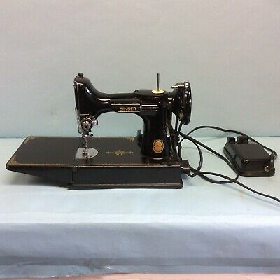Singer Featherweight Portable Sewing Machine in Case with Accessories 1952