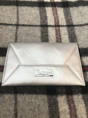Real Techniques Brush Bag