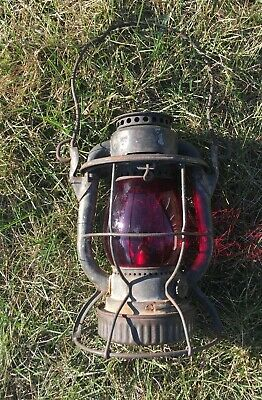 ANTIQUE  Vintage DIETZ VESTA CENTRAL NEW JERSEY RR RED GLOBE RAILROAD LANTERN