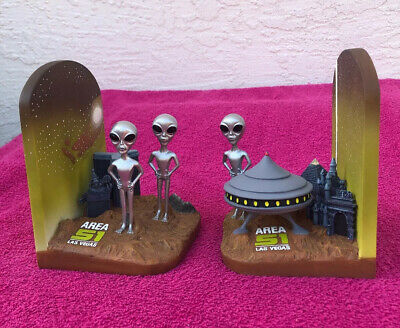 Area 51 Las Vegas Book Ends Space Aliens UFO Space Ships Rare