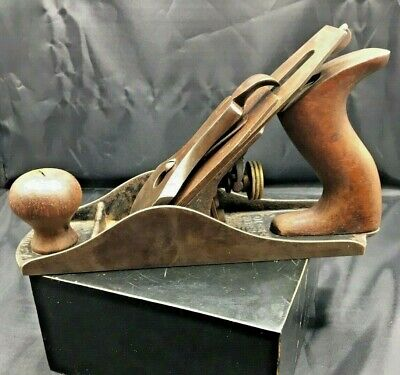 Vintage Stanley Rule & Level Company No. 4 Woodworking Plane