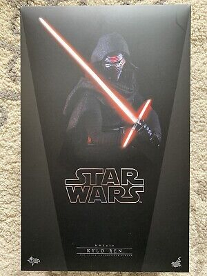 Hot Toys MMS320 Star Wars The Force Awakens Kylo Ren 1/6 Action Figure