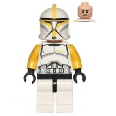 Lego Star Wars Clone Trooper Commander minifigure from 75019