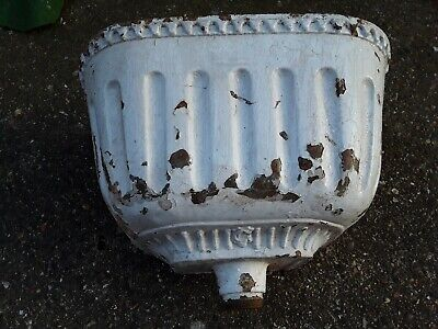 Antique Cast Iron  Ornate Toilet Cistern In Original Condition
