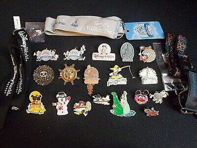 Disney Trading Pins - Lot of 18 Pins with 3 Lanyards & Keychain - WDW Pins Lot