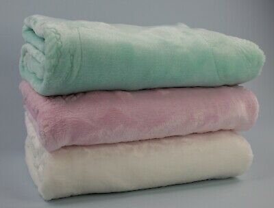 BNWT Wholesale 120 embossed super soft baby blankets 3 colours RRP £2160