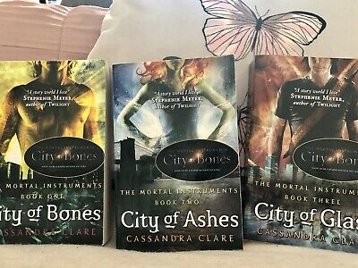 The Mortal Instruments Gift Set 3 Books by Cassandra Clare City Of Bones+ More