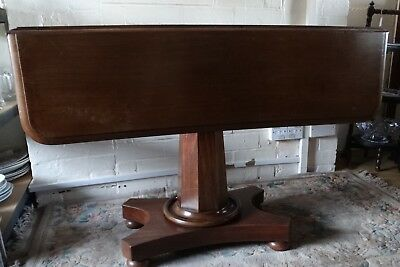 19th century Mahogany Drop Leaf Table