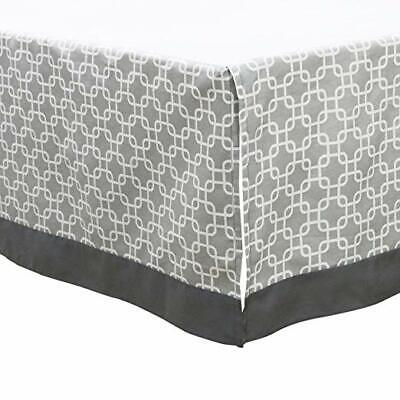 Uptown Giraffe Dust Ruffle/Crib skirt by The Peanut Shell