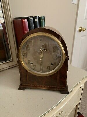 Vintage Art Deco Style Mantel / Shelf Clock with Westminster Chimes