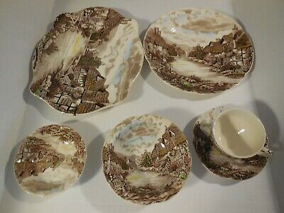 Johnson Brothers Olde English Countryside 6 Piece Place Setting England