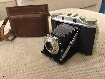 Vintage Agfa Isolette III 120 film camera with case