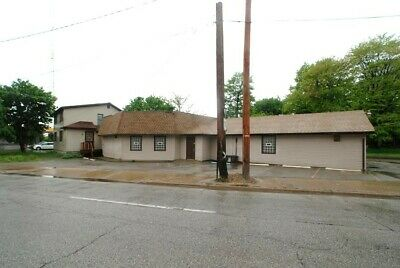 Amazing 4,600 Commercial Building With Attached Home In A Fantastic Location