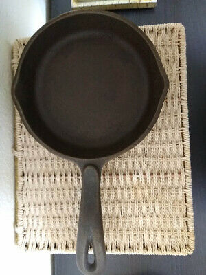 "A Wagner's 1891 Original Cast Iron Skillet 6 1/2'' Frying Pan 6.5"" Made in USA"