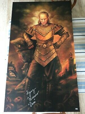 Ghostbusters Sigourney Weaver signed Vigo the Carpathian (no sideshow blitzway)