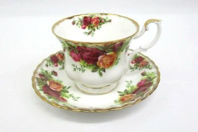 Vintage Royal Albert Bone China Tea Cup & Saucer Old Country Roses