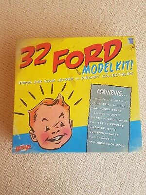 diecast model 1/18 GMP 1932 Ford 3 window deuce coupe model kit hot rod