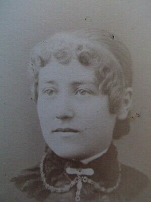 CDV Lovely Young Woman Pin Curl Bangs Brooch Necklace Lace Collar Gilt Edges