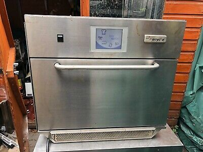 MERRYCHEF EIKON E5 OVEN, Combination Oven, Excellent Condition 6kw 30amp,