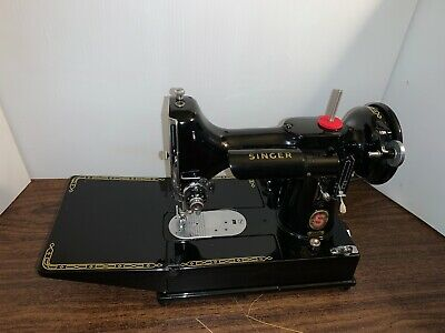 Vintage-Rare Red S Singer Featherweight 222 Sewing Machine. Pristine!