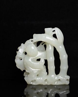 Chinese Exquisite Hand carved bamboo Carving Hetian jade statue