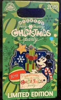 2019 Mickey's Very Merry Christmas Party Mickey Mouse Present Disney PinPRESALE
